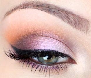 Свадебный макияж с нарощенными ресницами, дневной макияж зеленых глаз: лиловый оттенок
