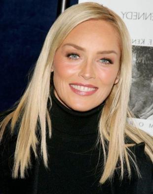 Цвет волос серебристый блондин на длинные волосы, цвет волос для женщин после 40 лет