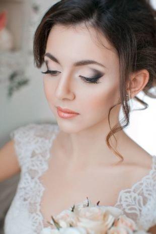 Свадебный макияж в персиковых тонах, легкий свадебный макияж