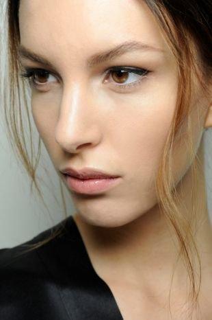 Быстрый макияж на каждый день, незаметный макияж для карих глаз