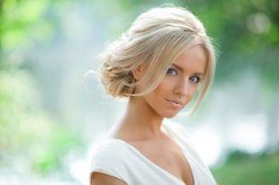 Свадебные прически, чудесная прическа на средние волосы