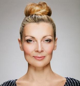 Макияж в серых тонах для серых глаз, натуральный макияж для женщин после 40 лет