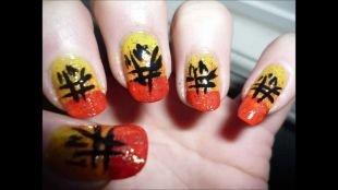 Дизайн ногтей акриловыми красками, иероглифы на ногтях