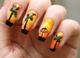 Коралловые ногти с рисунком, пляжный маникюр на длинные ногти