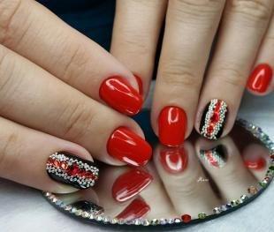 Красно-черный маникюр, черно-красный дизайн ногтей с камнями и бусинами