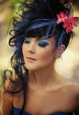 Летние прически, свадебная прическа на длинные волосы в авангардном стиле