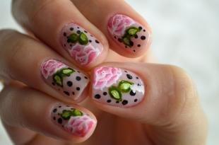 Маникюр с розами, маникюр с цветами на 8 марта
