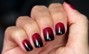Маникюр на широкие ногти, черно-красный градиентный маникюр
