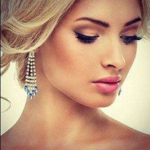 Яркий свадебный макияж, красивый свадебный макияж для карих глаз