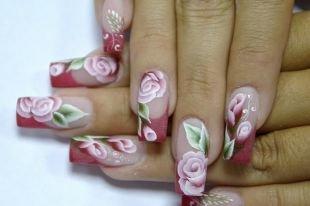 Красный френч, китайская роспись на ногтях - нежные розы