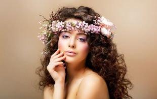 Профессиональный макияж, весенний макияж в фиолетовых тонах