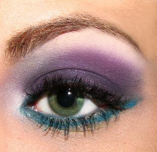 Авангардный макияж, вечерний цветной макияж для зеленых глаз