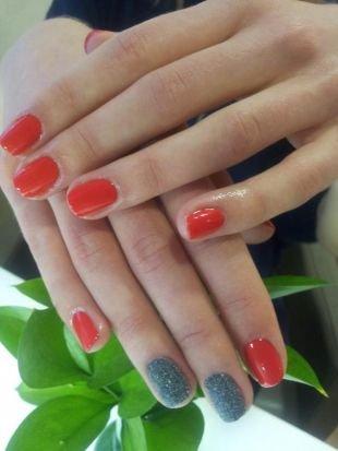 Летний маникюр на коротких ногтях, красный маникюр по фен-шуй с серебрянными блестками
