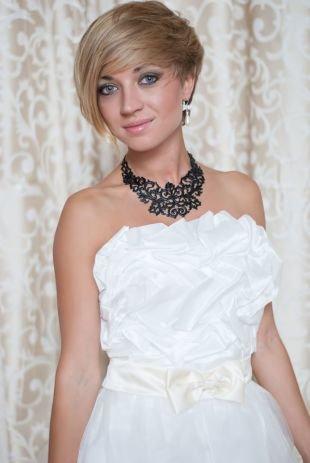 Русый цвет волос, свадебные прически на короткие волосы, привлекательная простота