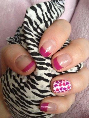 Рисунки на ногтях для начинающих, шеллак френч с сердечками