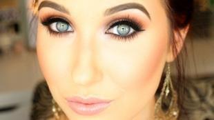 Коричневый макияж, маникюр для серо-голубых глаз с матовыми медными тенями