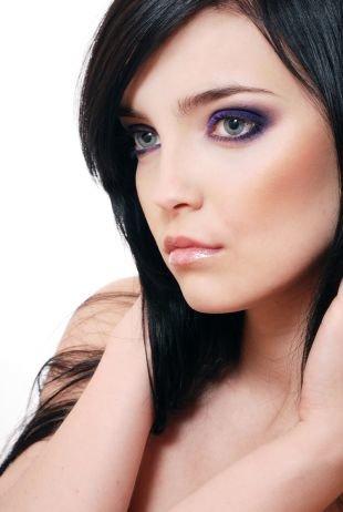 Темный макияж для серых глаз, макияж смоки айс для брюнеток